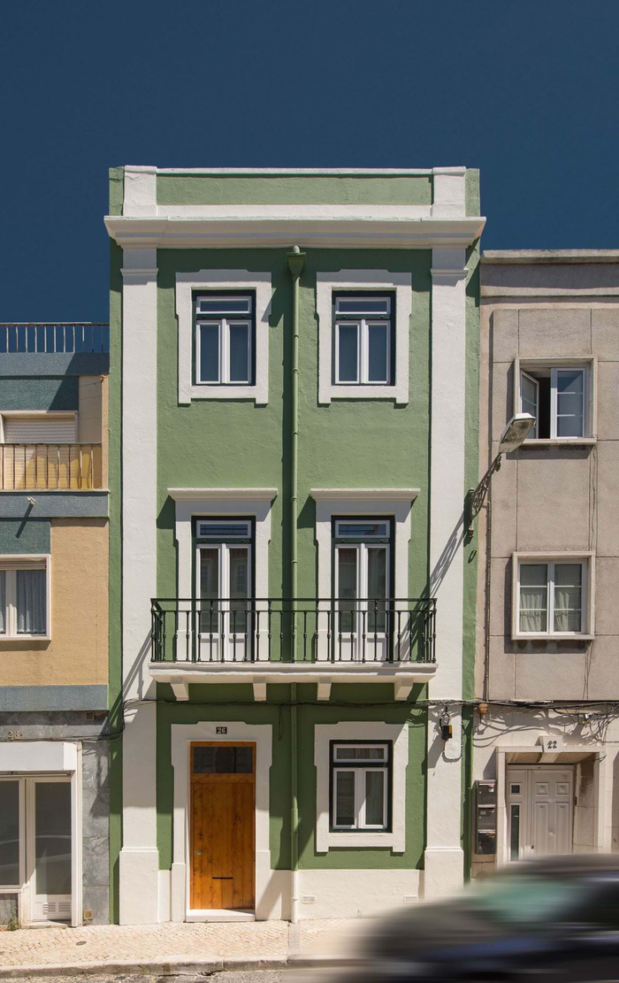 Where to buy a house in Portugal?